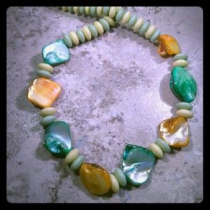 Jewelry - Green Yellow Shell Beaded Necklace 18 Inches